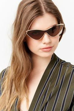 Cat-Eye Frame Sunglasses
